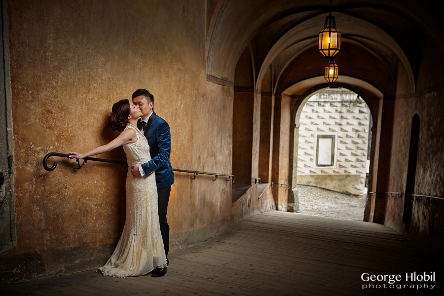 how to decide wedding photographer
